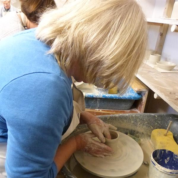 Hampshire pottery classes
