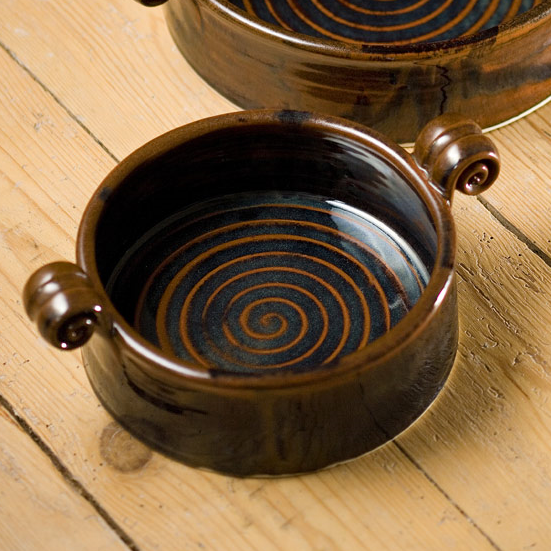 Small serving dish - brown